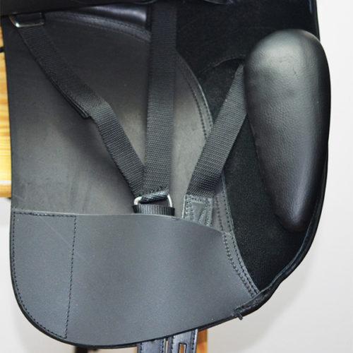 silla-montura-doma-inglesa-zaldi-iquus-vetta-negro