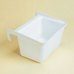 comedero-rectangular-cubo-plastico